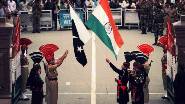 UN Asks India, Pak to Take 'Immediate Steps' to Defuse Tensions