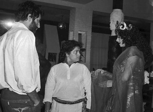 Shekhar Kapur and Saroj Khan working with Sridevi on the film's hit song <i>Hawa Hawai</i>. (Photo courtesy: <i>Mr India</i> Team)
