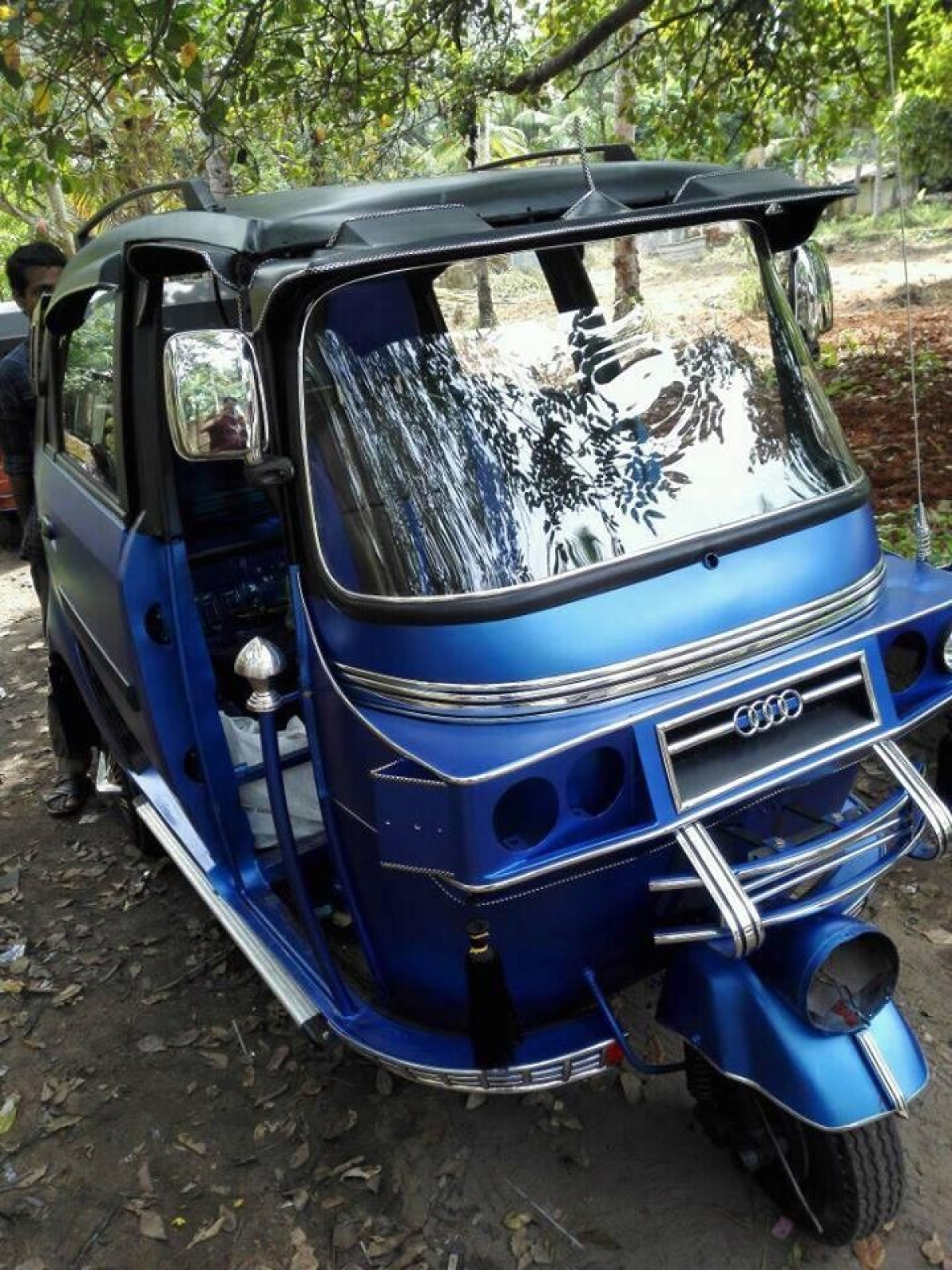 Auto-Copter or Auto-SUV? Modified Auto-Rickshaws to Choose