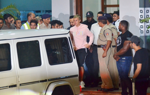 Bieber arrived at 1.30 am on Wednesday (Photo: Yogen Shah)