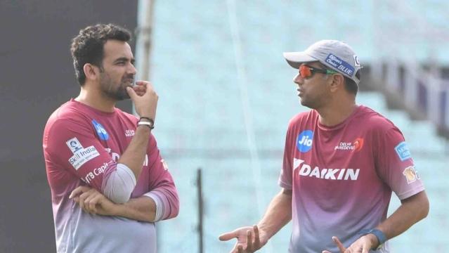 Zaheer Khan with Delhi Daredevils mentor Rahul Dravid. (Photo: IANS)