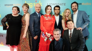 Anupam Kher, Kumail Nanjiani, Zoe Kazan with the team of <i>The Big Sick.</i>