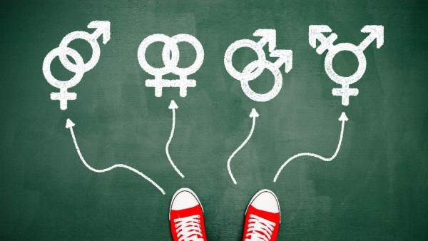 Bisexuals  are capable of having romantic feelings with people regardless of gender.   (Photo: iStock)