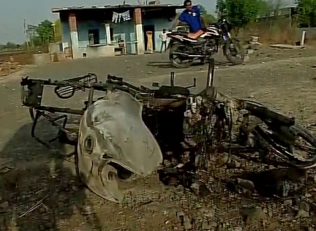 Visuals from Mandsaur of burnt vehicles in Tuesday's farmers' protest. (Photo: ANI)