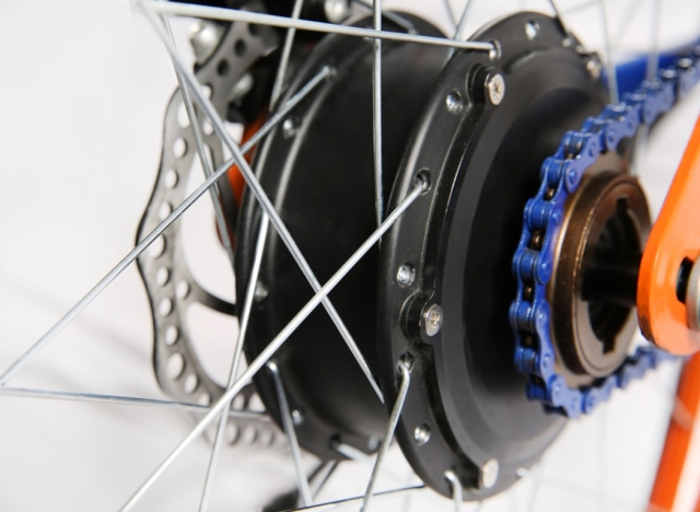 The hub motor is capable of propelling the bike to a top speed of 25 kmph.