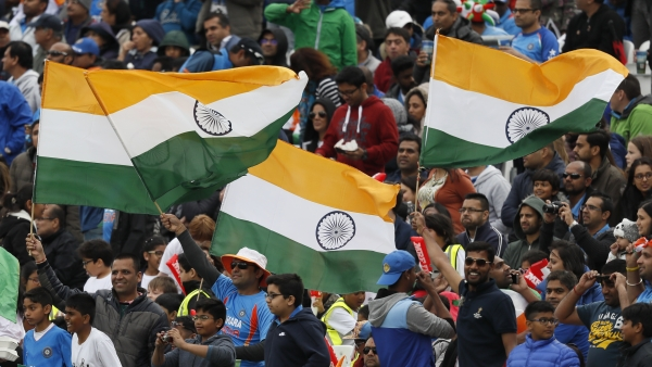 India suffered a shock defeat against Sri Lanka on 8 June at The Oval but its supporters owned the ground. (Photo: AP)