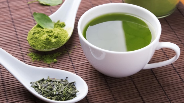 Green tea comes with a bundle of health benefits. (Photo: iStock)