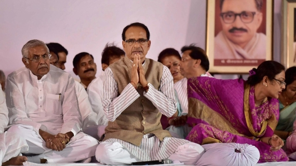 MP Chief Minister Shivraj Singh Chouhan during his second day of indefinite fast in Bhopal.