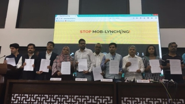 The draft of MASUKA, the proposed anti-lynching law unveiled in New Delhi on 7 July. (Photo: Athar Rather/<b>The Quint</b>)