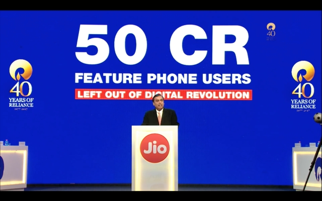 Reliance looks to tap into 50 crore feature phone users.