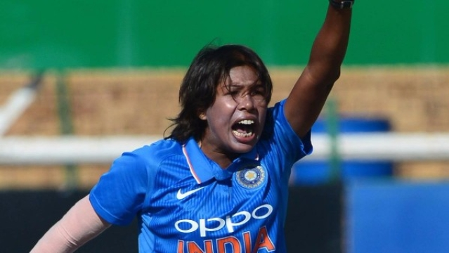 Jhulan Goswami appeals for a wicket.