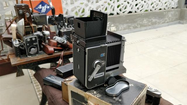 Graflex camera from the 1960s.