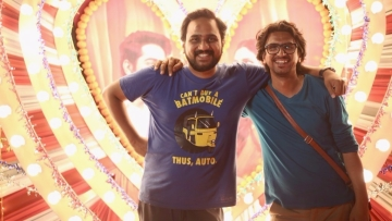 <i>Shubh Mangal Saavdhan</i> director RS Prasanna poses with the film's screenplay and dialogue writer Hitesh Kewalya.