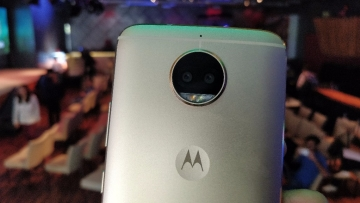 Motorola as a brand is back with the dual camera laden G5s Plus.