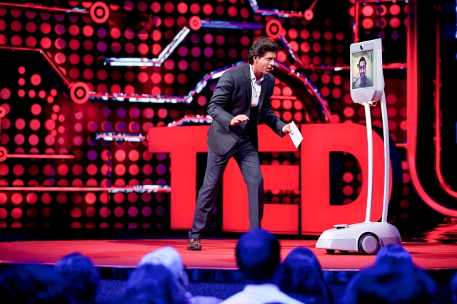 Shah Rukh has Sundar Pichai's attention.