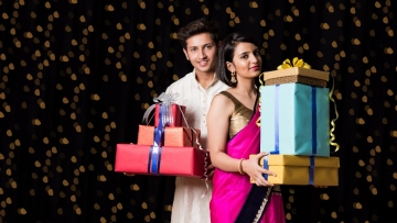 Diwali brings with it the joy of giving gifts and that's what makes it extra special (Photo: iStock)