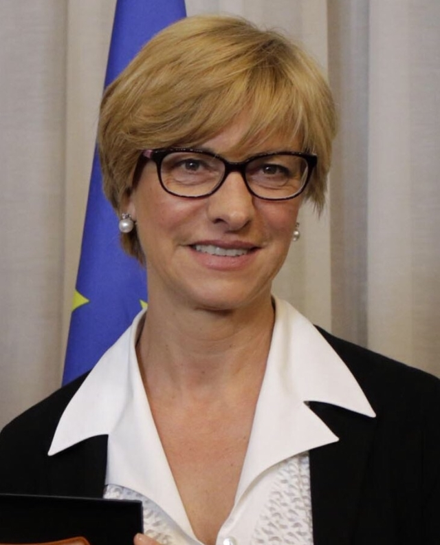 File image of Roberta Pinotti.