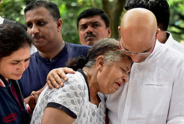 Gauri Lankesh's mother Indira with Indrajit.