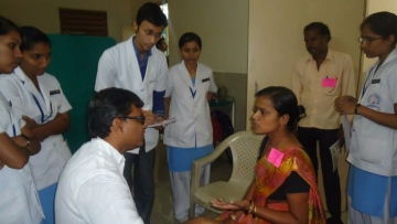 Volunteers of Indore Cancer Foundation at an early detection programme.