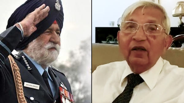 Mrashal of Indian Air Force Arjan Singh (Left) and Air Marshal (Retd) Denzil Keelor.