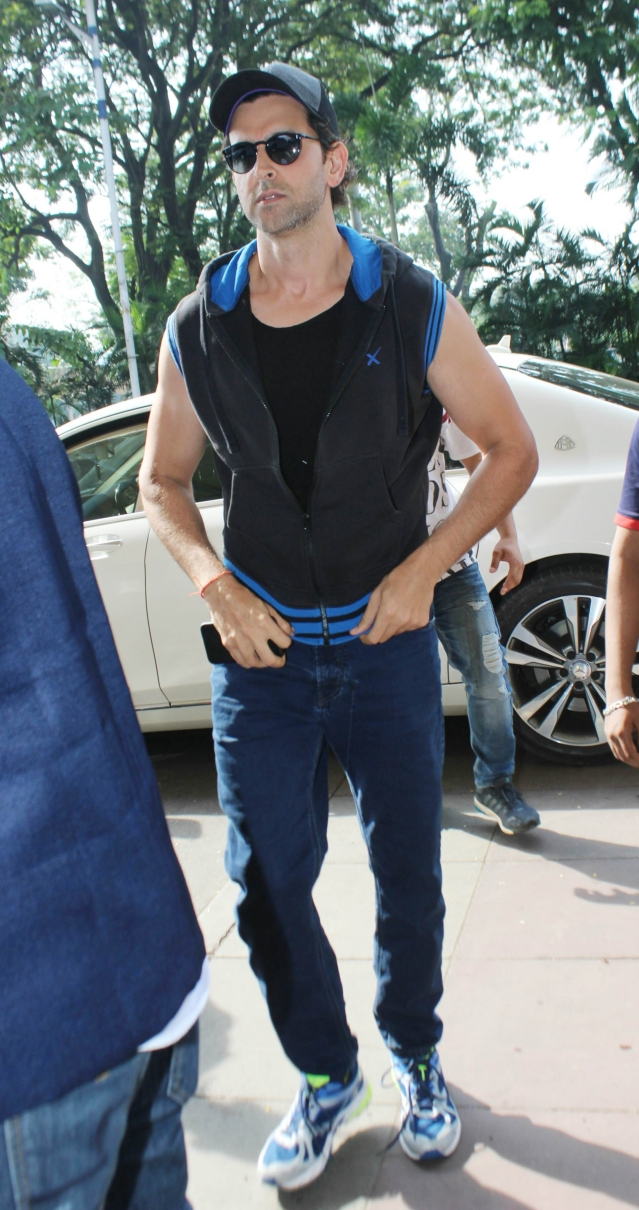 Hrithik Roshan was seen leaving town over the Diwlai weekend.