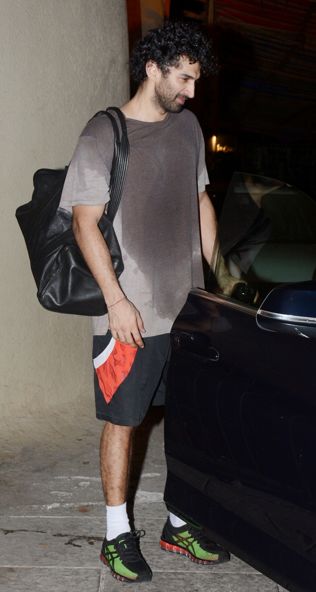 Aditya Roy Kapoor post his work out at a gym in Bandra.