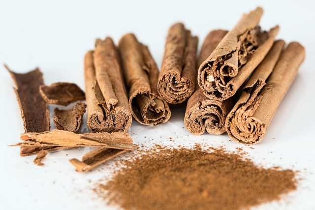 Drink some cinnamon infused water and see how it works wonders on your throat.