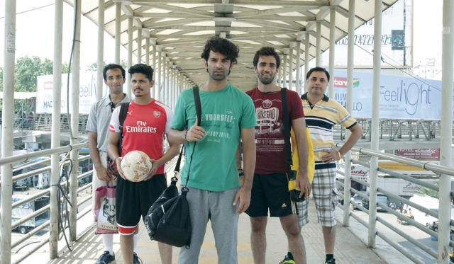 The football gang from <i>Tu Hai Mera Sunday.</i>