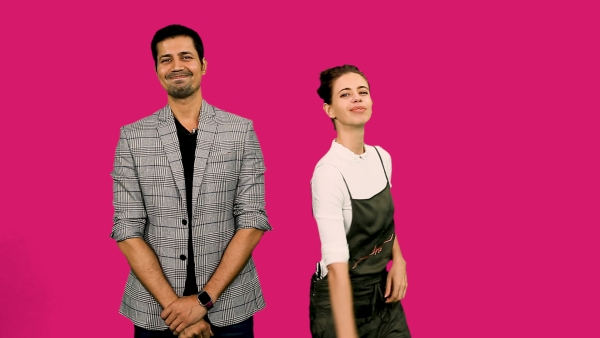 Kalki and Sumeet Vyas show us how to use pick-up lines.