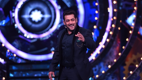 Salman Khan on the sets of <i>Bigg Boss 11. </i>