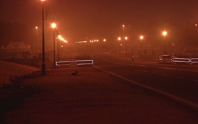 Early morning visuals from India Gate.