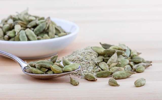 Cardamom is rich in antioxidants and helps in curing digestive disorders.