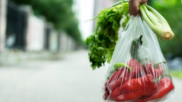 Stop storing vegetables in plastic bags.