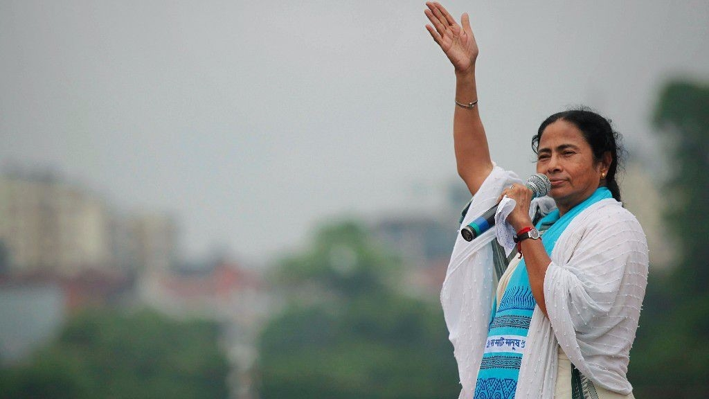 'Learn Bengali If You Want to Live in Bengal': Mamata Banerjee