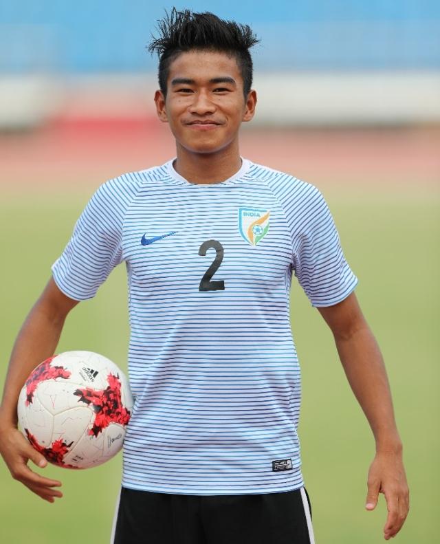 Boris Singh plays as a defender in the U-17 team.