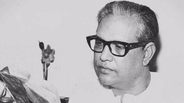 Majrooh Sultanpuri spun magic with his poetry.