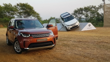 The new Jaguar Land Rover Discovery is here in India.