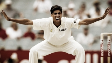 Jan 2003 picture of Ashish Nehra from India's Tour of Australia.