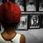 A young child at the memorial of martyrs in Tilak Vihar, New Delhi