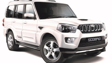 Mahindra has updated the Scorpio with a more powerful 2.2 litre diesel engine putting out 140 bhp of power and 320 Nm of torque, with a 6-speed manual transmission.