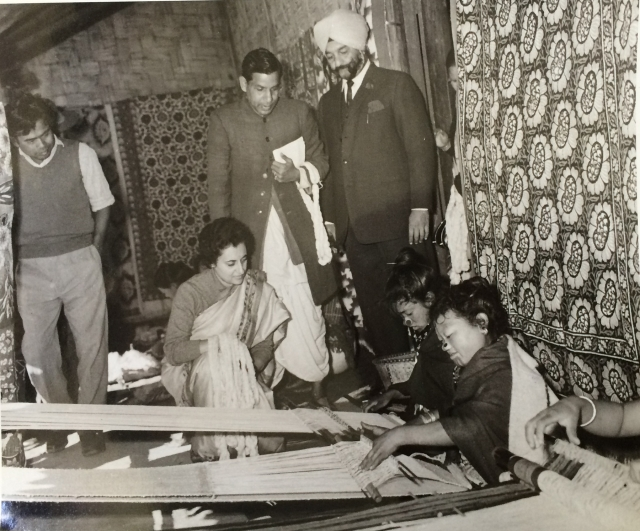 1964: Indira Gandhi with weavers from Apatani community in the North-East. She had always appreciated handloom products, and was a great patron of the industry.