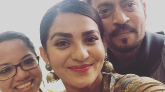 Parvathy, Irrfan and Tanuja all smiles for a selfie.