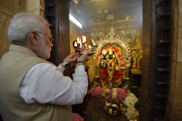 PM Modi visited Kalibari Temple in Yangon during his Myanmar visit in September 2017.