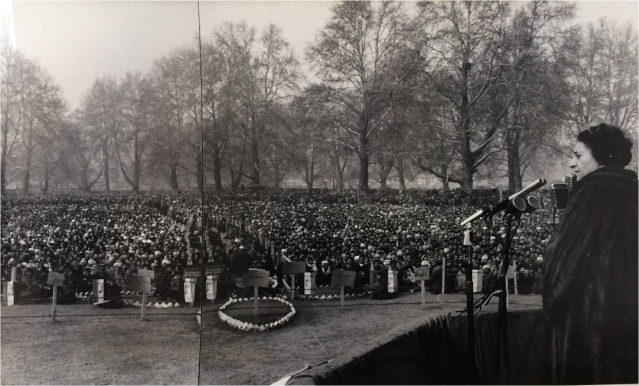 1971: Indira Gandhi addressing a public gathering in Srinagar. Her father Jawaharlal Nehru was a Kashmiri Pandit and Kashmir has always been home to Indira Gandhi. She would frequently visit Kashmir and was much loved there.