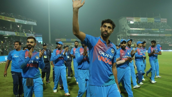 Ashish Nehra of India acknowledges the crowd during the 1st T20I match between India and New Zealand held at the Feroz Shah Kotla Stadium in New Delhi