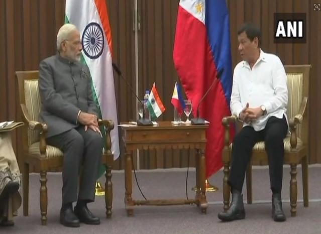 PM Modi with Philippines President Rodrigo Duterte.