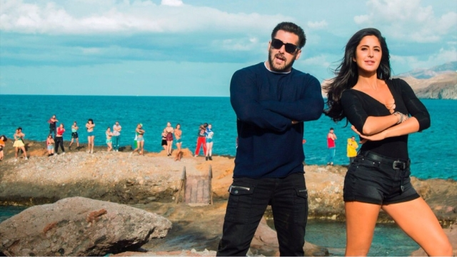 Salman Khan and Katrina Kaif in a still from <i>Tiger Zinda Hai</i>.
