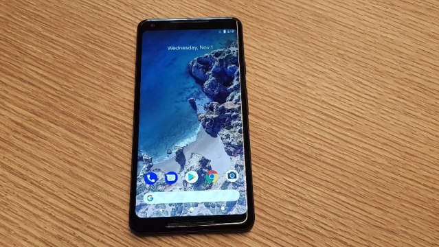 Pixel 2 XL gets a bigger form size compared to the Pixel 2.