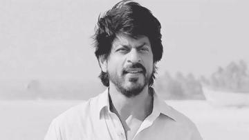 Shah Rukh Khan in a still from <i>Dear Zindagi</i>.