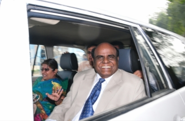 Kolkata: Justice Chinnaswamy Swaminathan Karnan after being released from the Presidency Jail in Kolkata on Dec 20, 2017. (Photo: IANS)
